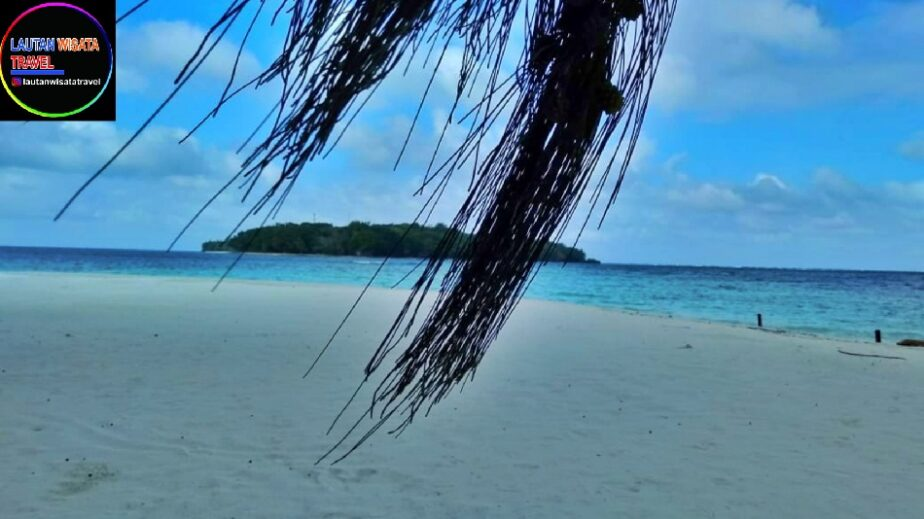 PAKET WISATA Pulau Harapan Dari Bandung