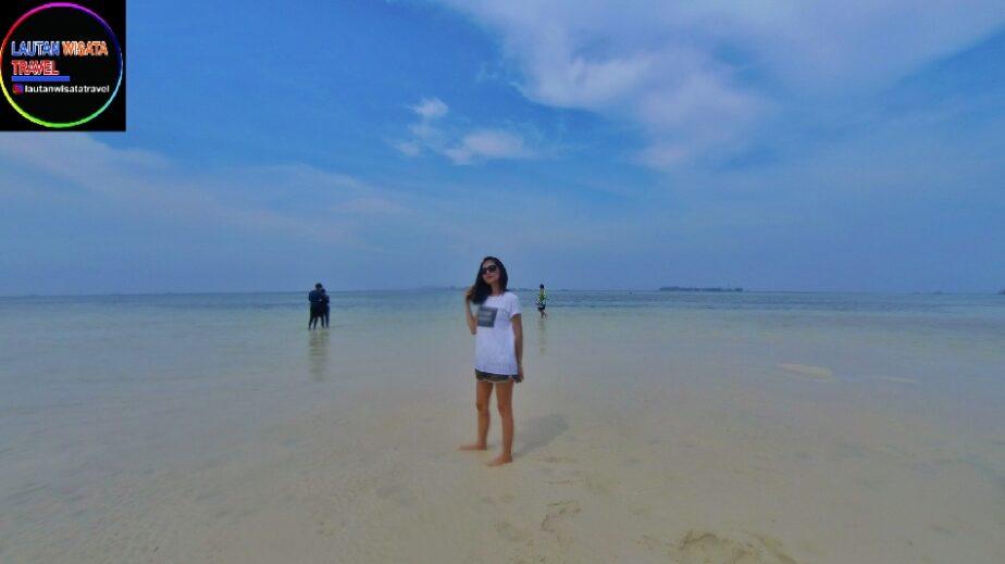 PAKET WISATA Pulau Pramuka Dari Bandung